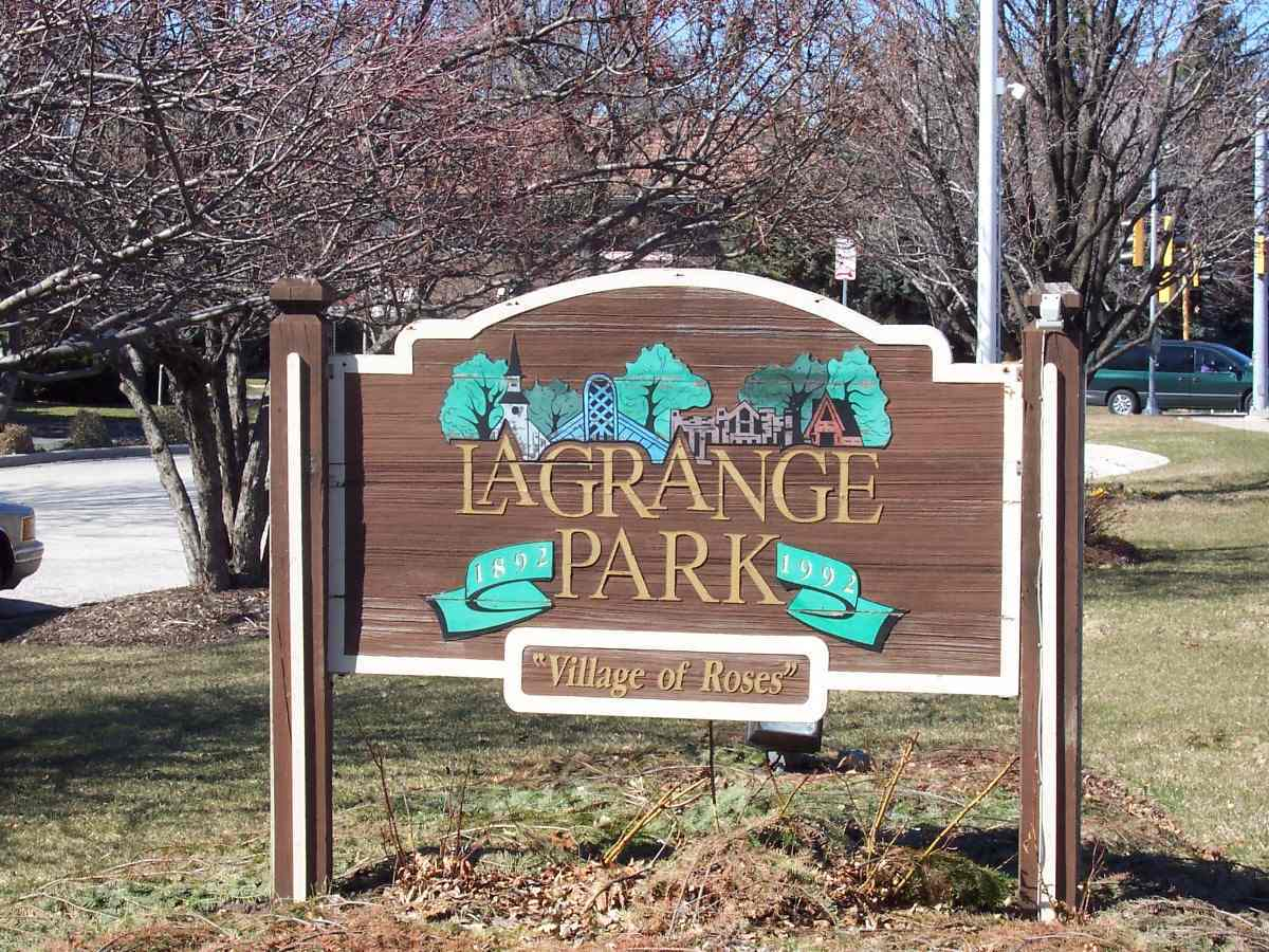 La Grange Park il sign with nancy miller realtor