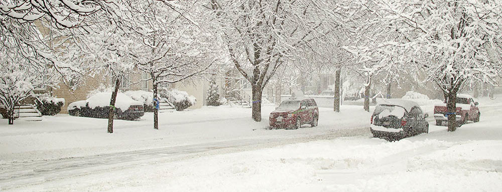 hinsdale-illinois-snow-covered-street