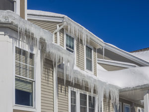 ice-on-roof-of-brookfield-il-house