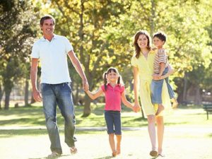 happy-family-walking-in-la-grange-park-illinois